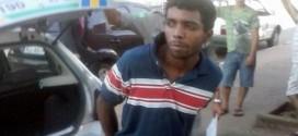Populares em Jaraguá prendem bandido e chamam a PM após furto no centro