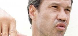 Romerito não é mais treinador do Goianésia
