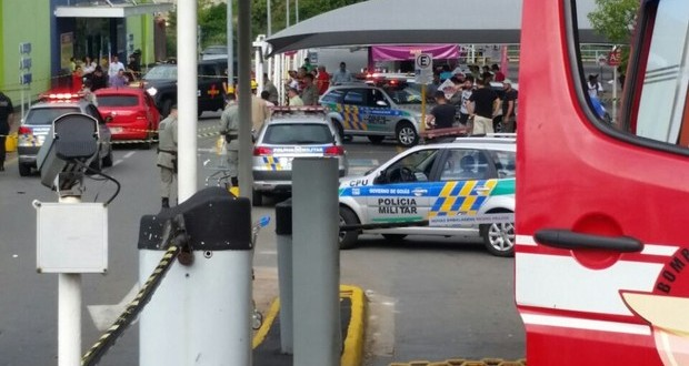 Tiroteio deixa um morto e dois feridos em supermercado de Goiânia