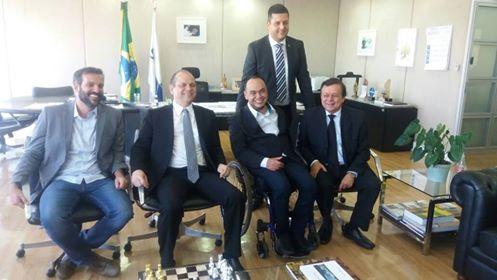 Dr Marcos Vinicios vai a Brasilia com o Prefeito Renato de Castro buscar recursos para saúde de Goianésia