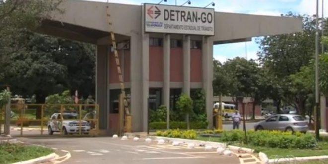 Mais de 3.300 veículos estão sendo leiloados pelo Detran
