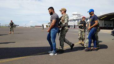 Chefe do tráfico no Rio é expulso do Paraguai e trazido para o Brasil