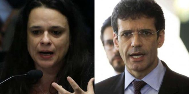 Após denúncia, Janaína Paschoal pede demissão de ministro