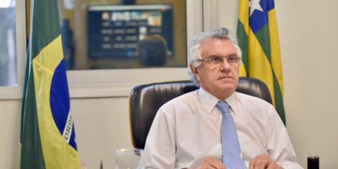 Gestão de Caiado na pandemia aprovada por 73,7% dos eleitores, diz Paraná Pesquisas