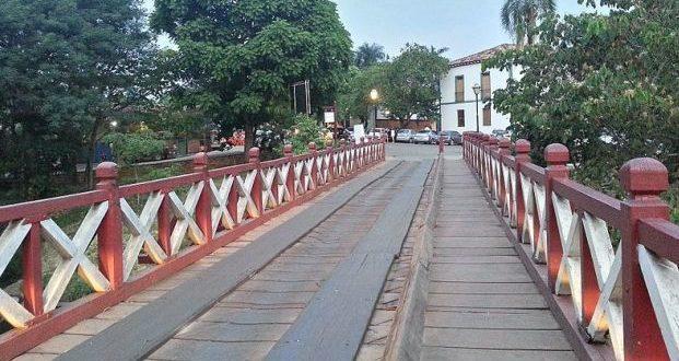 Prefeitura de Pirenópolis determina reabertura  do turismo com metade da capacidade