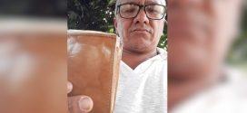 Cortador de cana acha carteira com R$ 8 mil em banco de praça e devolve ao dono, em Itapuranga