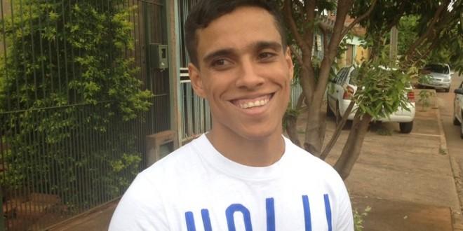 Desempregado, único brasileiro no Prêmio Puskas busca clube para 2016