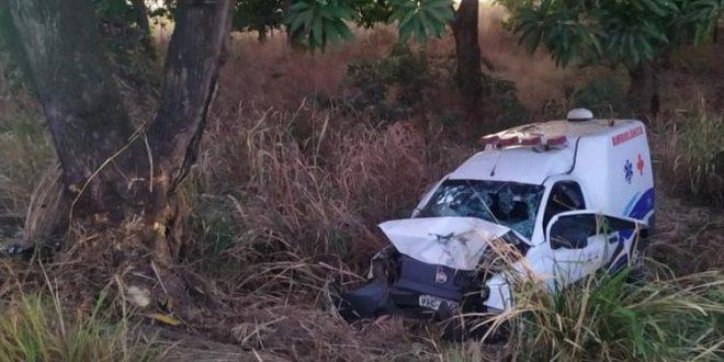 Mãe que retornava com o filho transplantado de rins, para Uruaçu, morre em acidente na 153 em Nova Glória