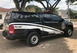 POLICIA CIVIL  DE GOIANÉSIA  CUMPRE MANDADO DE PRISÃO PREVENTIVA  DE UM HOMEM QUE SE PASSAVA POR JUIZ DE DIREITO PARA APLICAR GOLPES.