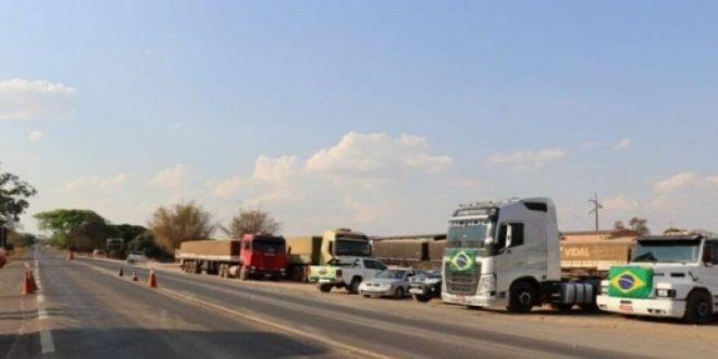 Veja pontos da BR-153 que cortam Goiás que registra manifestação de caminhoneiros